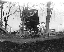 carriage_wreck
