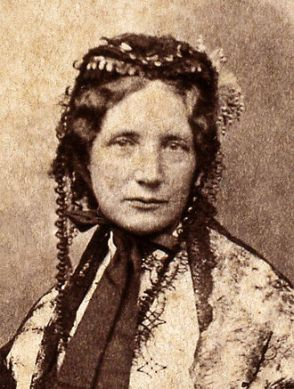 330px-Harriet_Beecher_Stowe_c1852