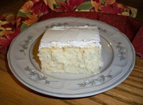 moms_white_cake_2